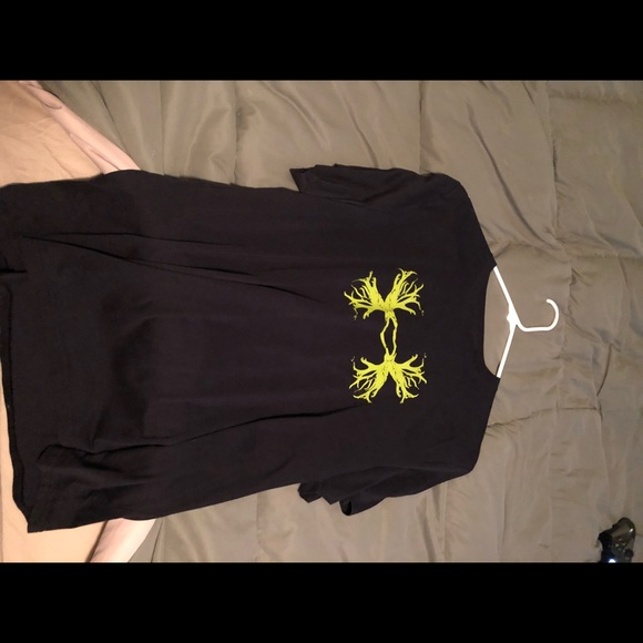 Other - Under Armour t-shirt